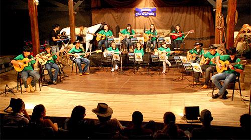Orquestra de Viola Caipira Morena da Fronteira